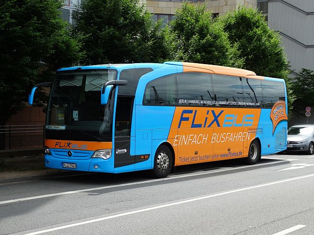 flixbus bus tickets between brussels paris and amsterdam for 1. Black Bedroom Furniture Sets. Home Design Ideas
